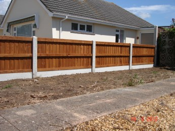 Domestic fencing company in Dorset
